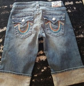 New! True religion long shorts